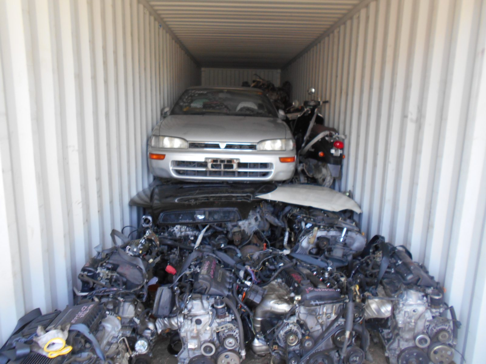 Used Japanese car parts export to Malaysia,used parts japan
